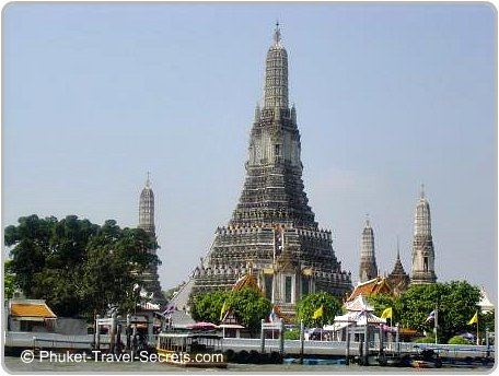Thailand Vacations at Wat Arun in Bangkok.