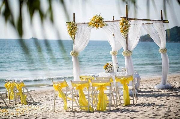 Phuket Beach wedding Package